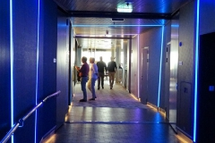 MEIN SCHIFF 6 - Durchgang Schau Bar - Große Freiheit