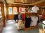 QUEEN ELIZABETH - Shops