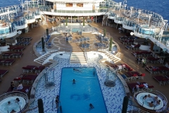 ROYAL PRINCESS - Fountain Pool