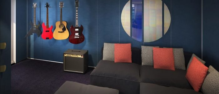 Scarlet Lady - Rock Star Suite - Massive Suite Music Room